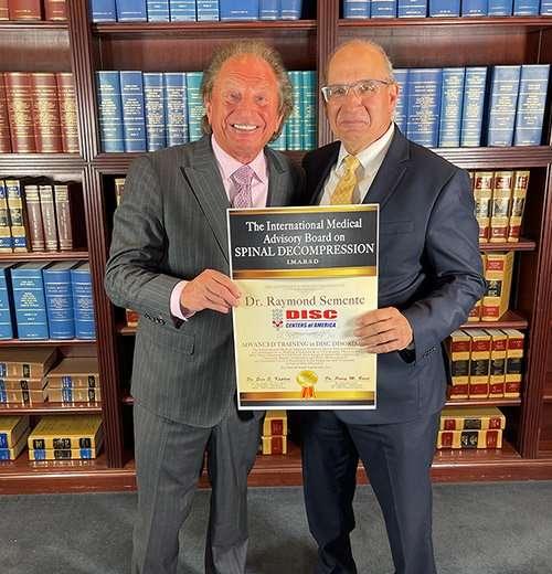 St James NY Disc Doctor Receives Award